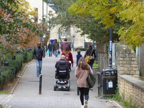 Bath Riverside: traffic free access